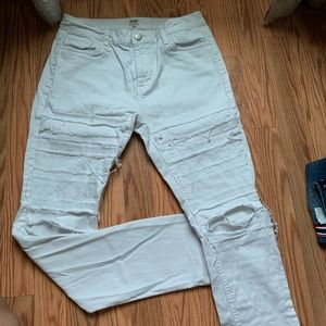 Extreme Distressed High Rise White Fashion Jeans